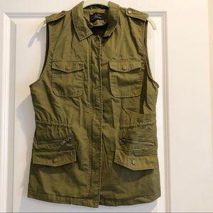 Love Tree Olive Green Utility Vest